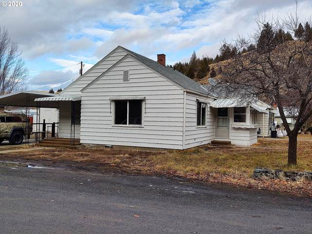 420 SW Brent Dr, John Day, OR 97845 (MLS #20583063) :: Lux Properties
