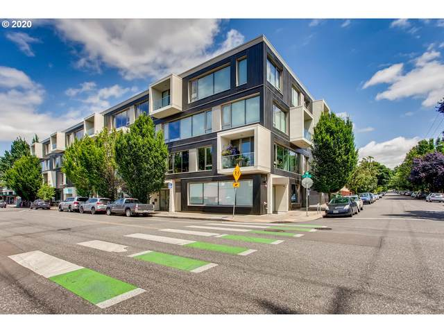 28 SE 28TH Ave SE #402, Portland, OR 97214 (MLS #20583448) :: Holdhusen Real Estate Group