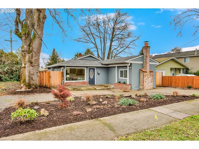 1304 SE 84TH Ave, Portland, OR 97216 (MLS #20583889) :: Fox Real Estate Group