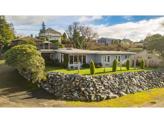120 A St, Coos Bay, OR 97420 (MLS #20584253) :: Cano Real Estate