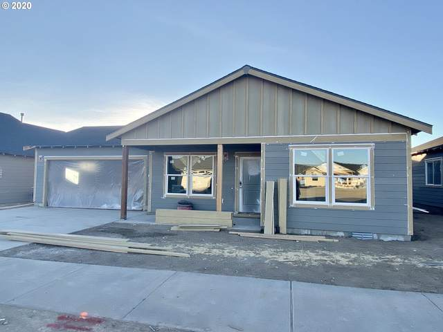 1001 NE Whistle Way, Prineville, OR 97754 (MLS #20585140) :: Duncan Real Estate Group