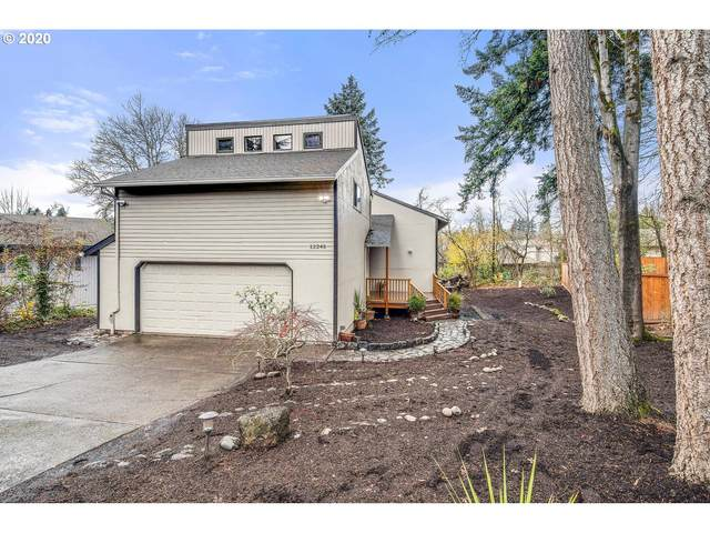 12245 SW Taylor Ct, Portland, OR 97225 (MLS #20585544) :: Change Realty