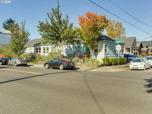 919 NE Alberta St, Portland, OR 97211 (MLS #20586715) :: Premiere Property Group LLC