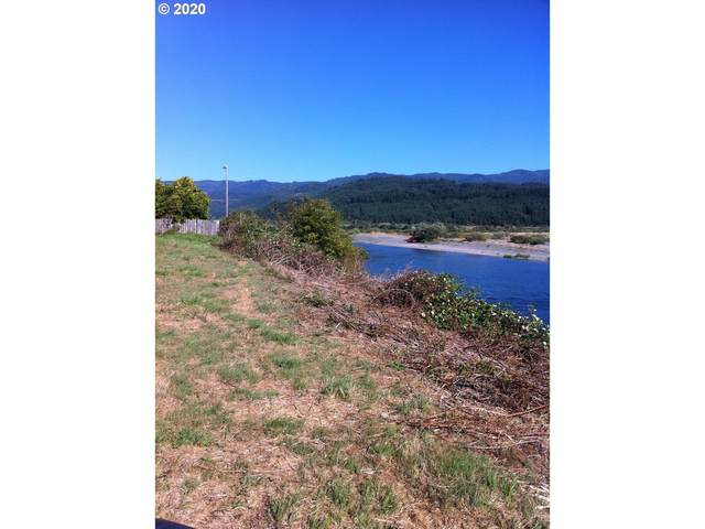 N Bank Rogue, Gold Beach, OR 97444 (MLS #20587034) :: Change Realty