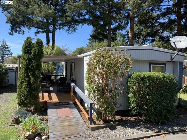 98041 Hall Way, Brookings, OR 97415 (MLS #20588454) :: Song Real Estate