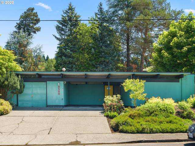 8500 SW Cecilia Ter, Portland, OR 97223 (MLS #20591282) :: Next Home Realty Connection
