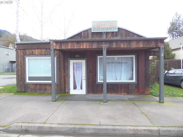 214 S Main St, Canyonville, OR 97417 (MLS #20597277) :: Townsend Jarvis Group Real Estate