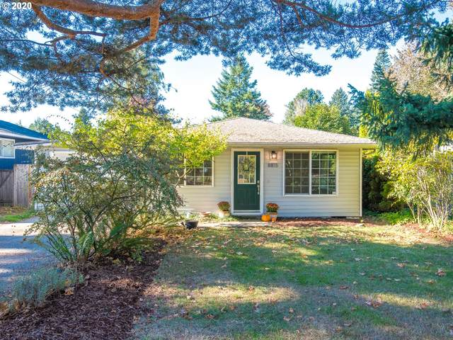 8815 SW 54TH Ave, Portland, OR 97219 (MLS #20598916) :: Next Home Realty Connection