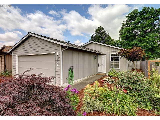 13845 SW 104TH Ave, Tigard, OR 97223 (MLS #20599107) :: Fox Real Estate Group
