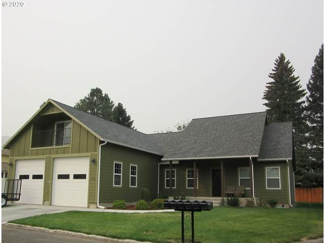 955 10TH St, Baker City, OR 97814 (MLS #20599424) :: McKillion Real Estate Group