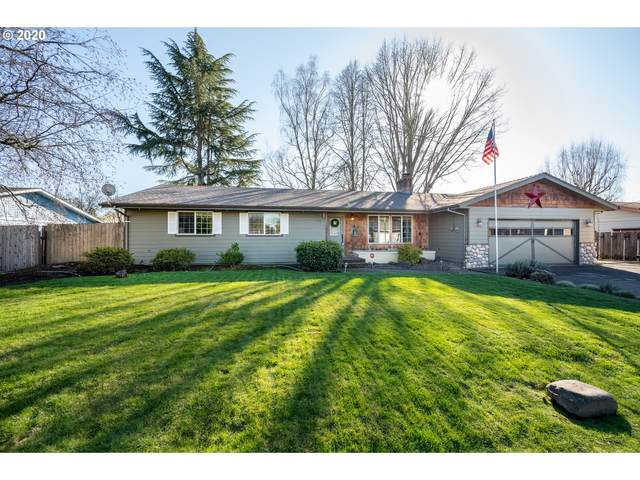 702 NW 19TH St, Mcminnville, OR 97128 (MLS #20603260) :: Change Realty