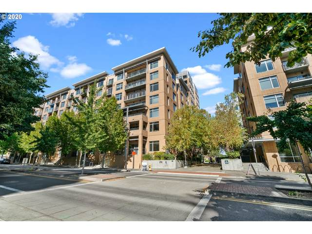 701 Columbia St #204, Vancouver, WA 98660 (MLS #20604702) :: Real Tour Property Group
