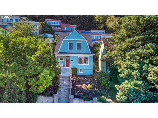 3611 SW Condor Ave, Portland, OR 97239 (MLS #20605671) :: Cano Real Estate