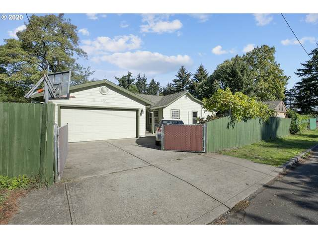 138 NE 192ND Ave, Portland, OR 97230 (MLS #20607532) :: Premiere Property Group LLC