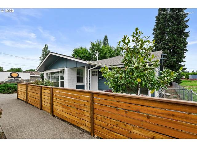 271 SW Oak St, Hillsboro, OR 97123 (MLS #20609725) :: Fox Real Estate Group