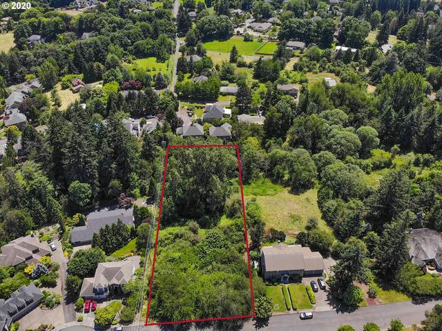 1952 SW Dickinson Ln E, Portland, OR 97219 (MLS #20609782) :: Beach Loop Realty