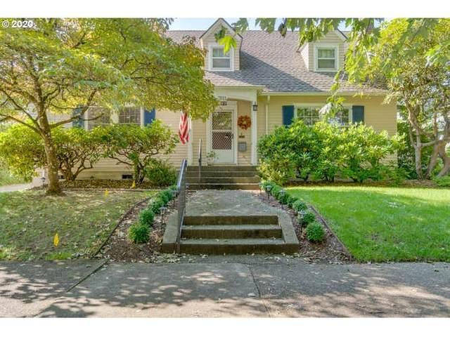 7611 SE 32ND Ave, Portland, OR 97202 (MLS #20609905) :: McKillion Real Estate Group