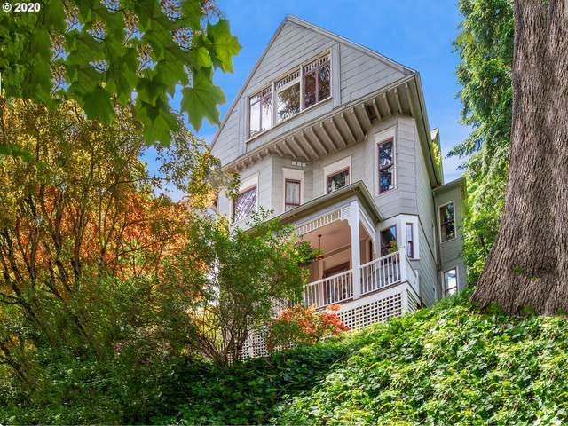 3935 S Corbett Ave, Portland, OR 97239 (MLS #20614125) :: McKillion Real Estate Group