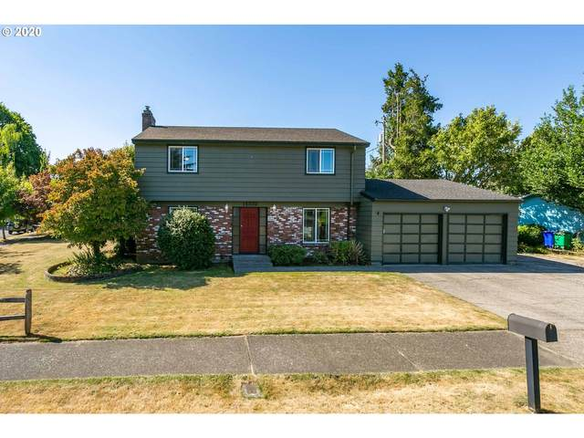 14332 NE Sacramento St, Portland, OR 97230 (MLS #20616044) :: Next Home Realty Connection