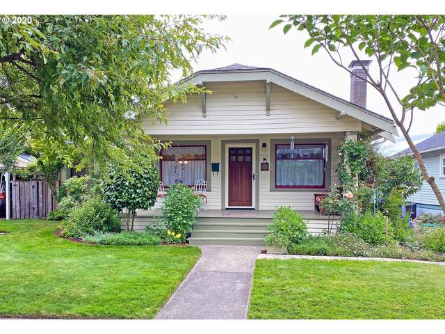 7506 SE 18TH Ave, Portland, OR 97202 (MLS #20617893) :: Fox Real Estate Group