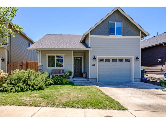 832 Hickory St, Albany, OR 97321 (MLS #20621520) :: Change Realty