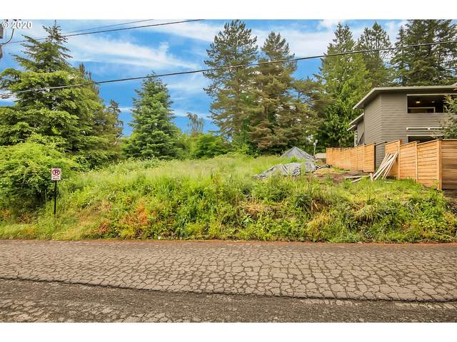 6335 Burma Rd, Lake Oswego, OR 97035 (MLS #20621639) :: Fox Real Estate Group