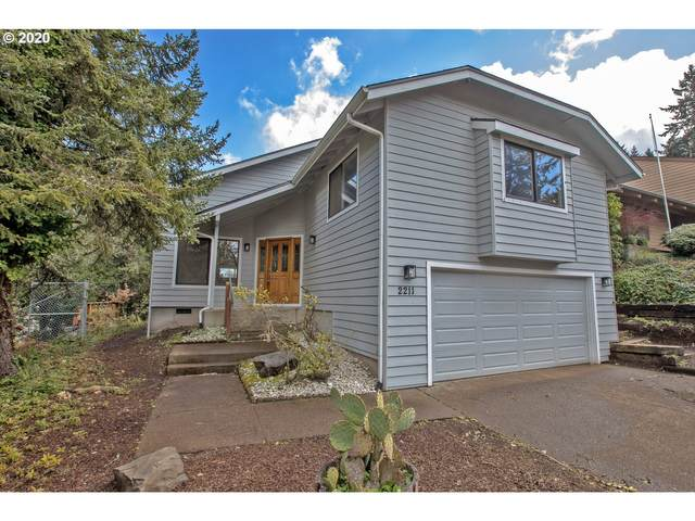 2211 Corinthian Ct, Eugene, OR 97405 (MLS #20621643) :: Song Real Estate