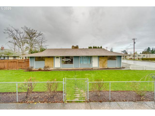 422 Kennel Ave, Molalla, OR 97038 (MLS #20622007) :: Fox Real Estate Group