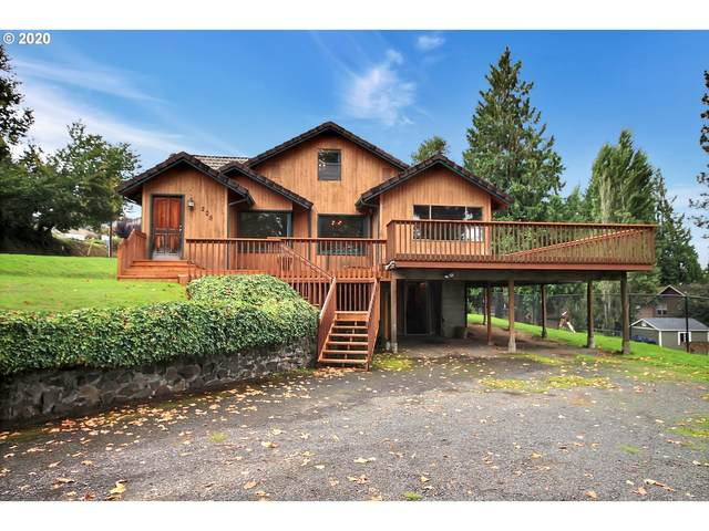 205 S Hillhurst Rd, Ridgefield, WA 98642 (MLS #20628322) :: McKillion Real Estate Group