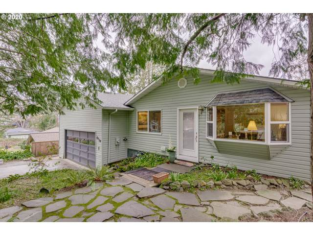 8430 SW 37TH Ave, Portland, OR 97219 (MLS #20628950) :: Premiere Property Group LLC