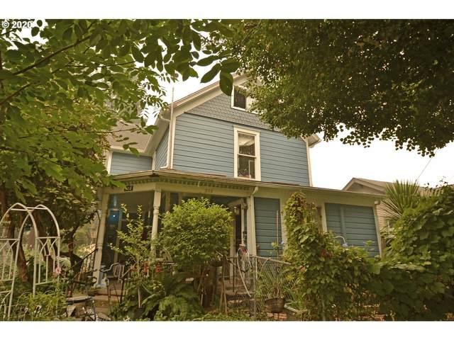 308 19TH St SE, Salem, OR 97301 (MLS #20631171) :: Stellar Realty Northwest