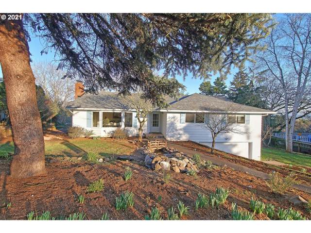 509 SW Walnut Ave, Dundee, OR 97115 (MLS #20633878) :: Premiere Property Group LLC