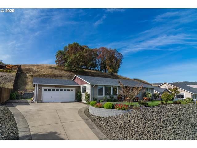 584 N Summerwood St, Roseburg, OR 97471 (MLS #20635003) :: Townsend Jarvis Group Real Estate