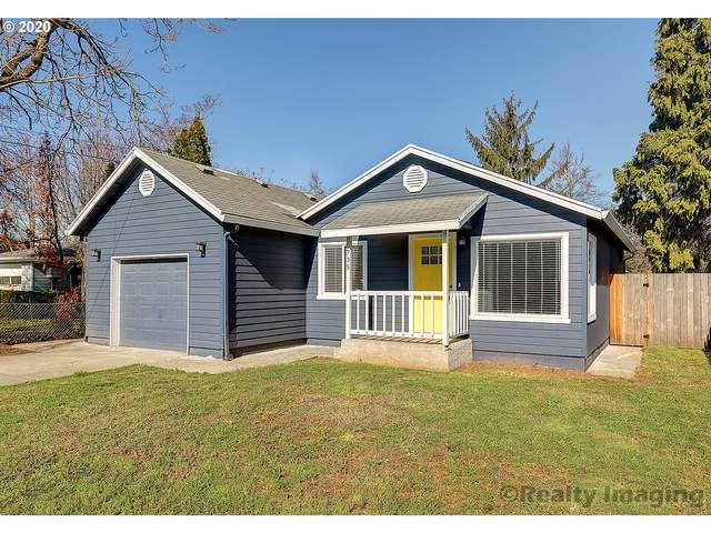 6735 SE Clatsop St, Portland, OR 97206 (MLS #20635917) :: Brantley Christianson Real Estate