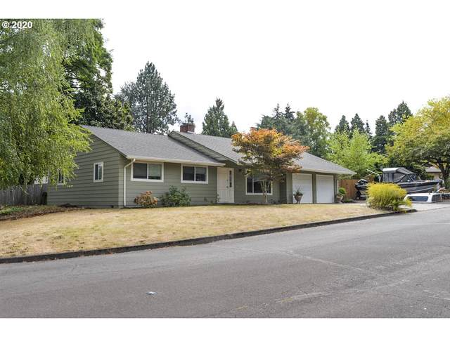 13210 SW Ash Dr, Tigard, OR 97223 (MLS #20636432) :: Next Home Realty Connection