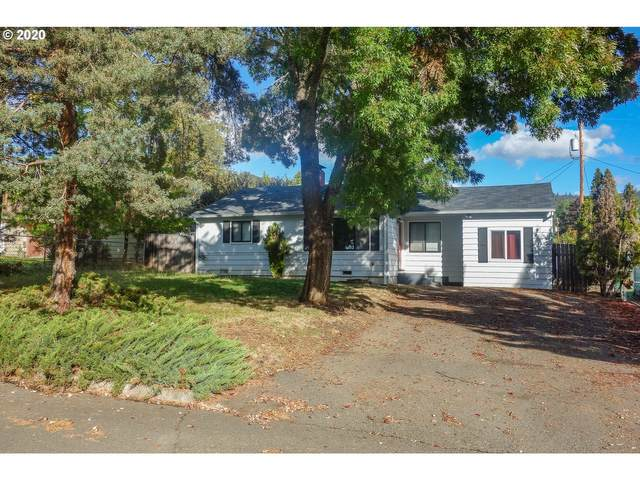 3073 Vine St, Roseburg, OR 97470 (MLS #20640223) :: Holdhusen Real Estate Group