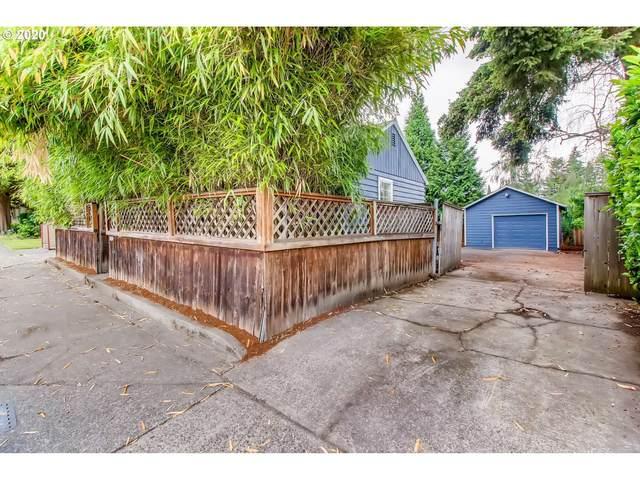 2005 SE Tacoma St, Portland, OR 97202 (MLS #20648850) :: Holdhusen Real Estate Group