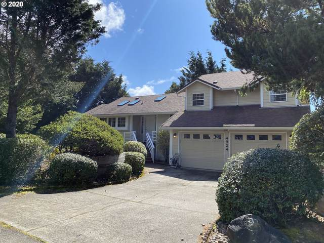 4924 Sandrift Ct, Florence, OR 97439 (MLS #20650825) :: Change Realty