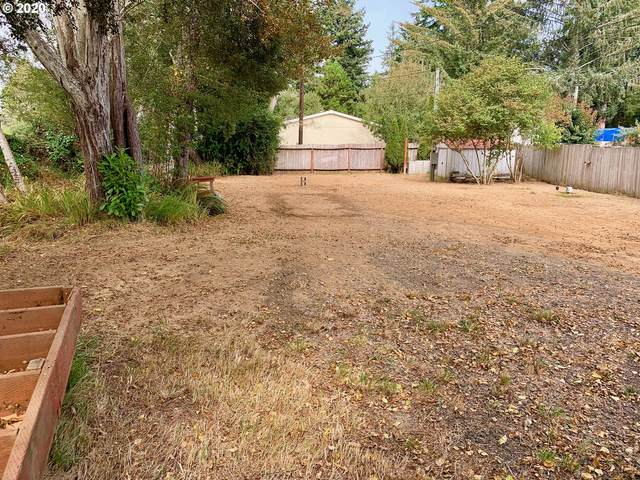 91331 Barklow Ln, Coos Bay, OR 97420 (MLS #20651251) :: Gustavo Group