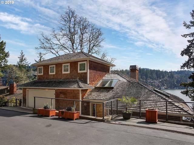 2260 Summit Ct, Lake Oswego, OR 97034 (MLS #20652569) :: McKillion Real Estate Group