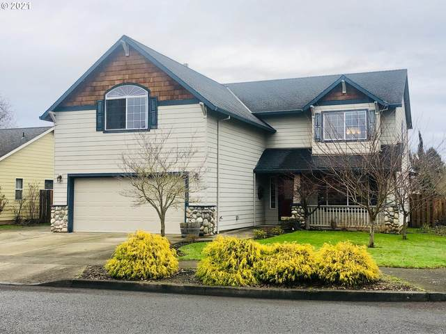 1190 S Sycamore St, Canby, OR 97013 (MLS #20653769) :: Fox Real Estate Group