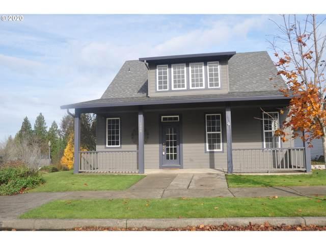 1238 NE Cedar Ridge Loop, Vancouver, WA 98664 (MLS #20659402) :: Lux Properties