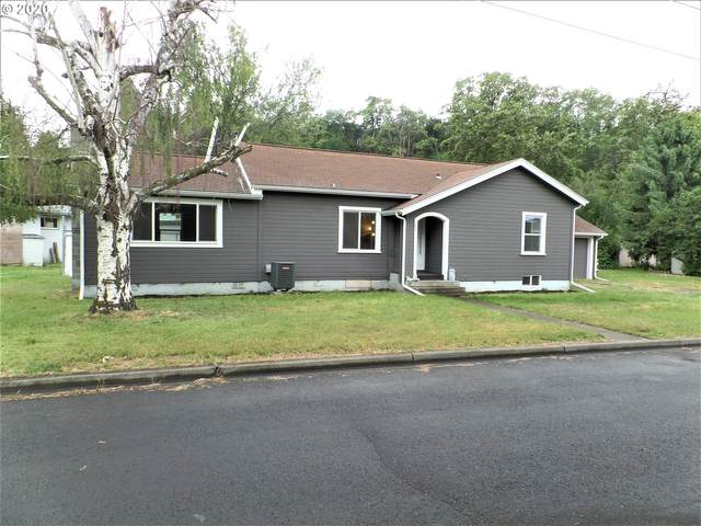 205 Hill Ave, Milton-Freewater, OR 97862 (MLS #20660993) :: Change Realty