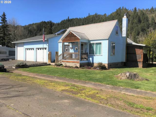 558 Division Ave, Drain, OR 97435 (MLS #20661856) :: Fox Real Estate Group