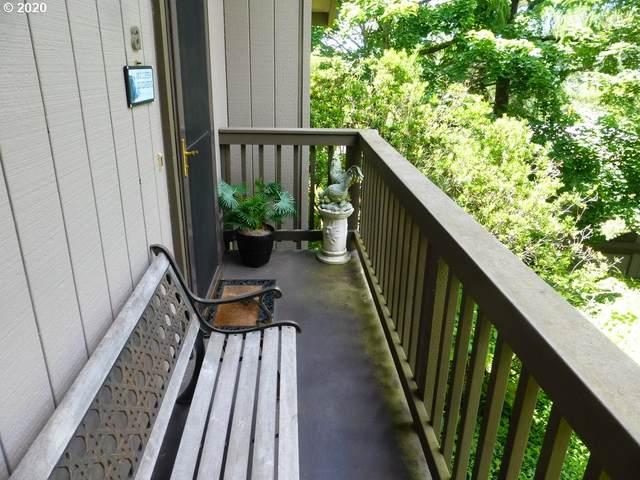 7512 SW Barnes Rd A, Portland, OR 97225 (MLS #20663049) :: Change Realty