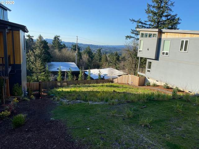 3722 SW Hillside Dr, Portland, OR 97221 (MLS #20671363) :: Fox Real Estate Group