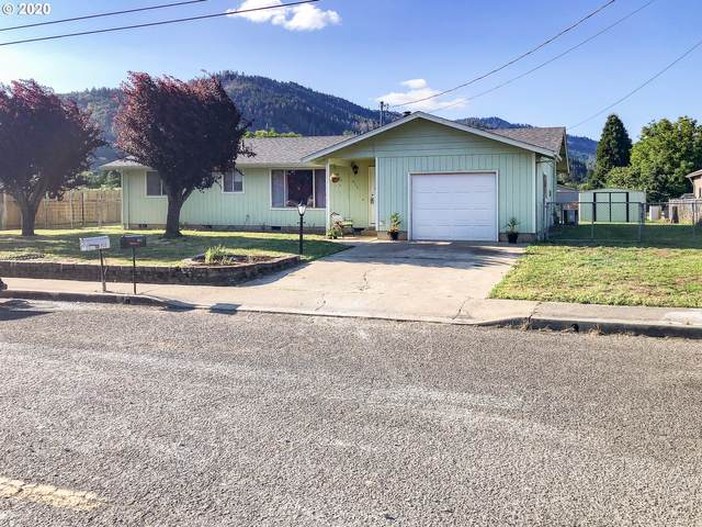 911 NE Jenny Ln, Myrtle Creek, OR 97457 (MLS #20672456) :: Townsend Jarvis Group Real Estate