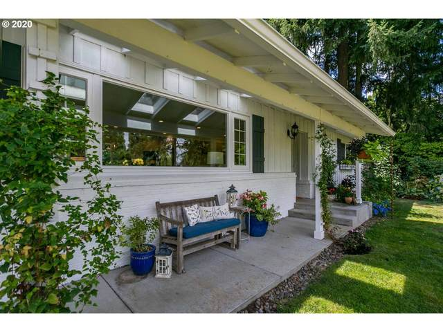 2550 Greentree Rd, Lake Oswego, OR 97034 (MLS #20677623) :: Next Home Realty Connection