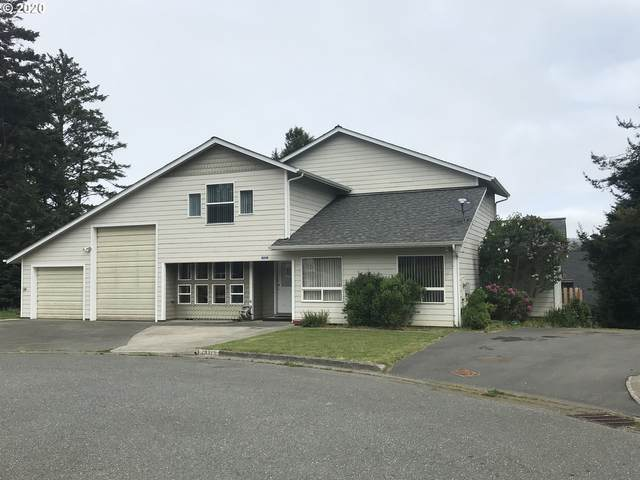 29325 Neil Ct, Gold Beach, OR 97444 (MLS #20677734) :: Cano Real Estate