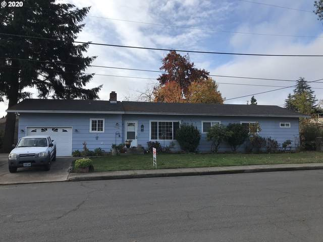 1853 NW Moore Ave, Roseburg, OR 97471 (MLS #20679548) :: Townsend Jarvis Group Real Estate